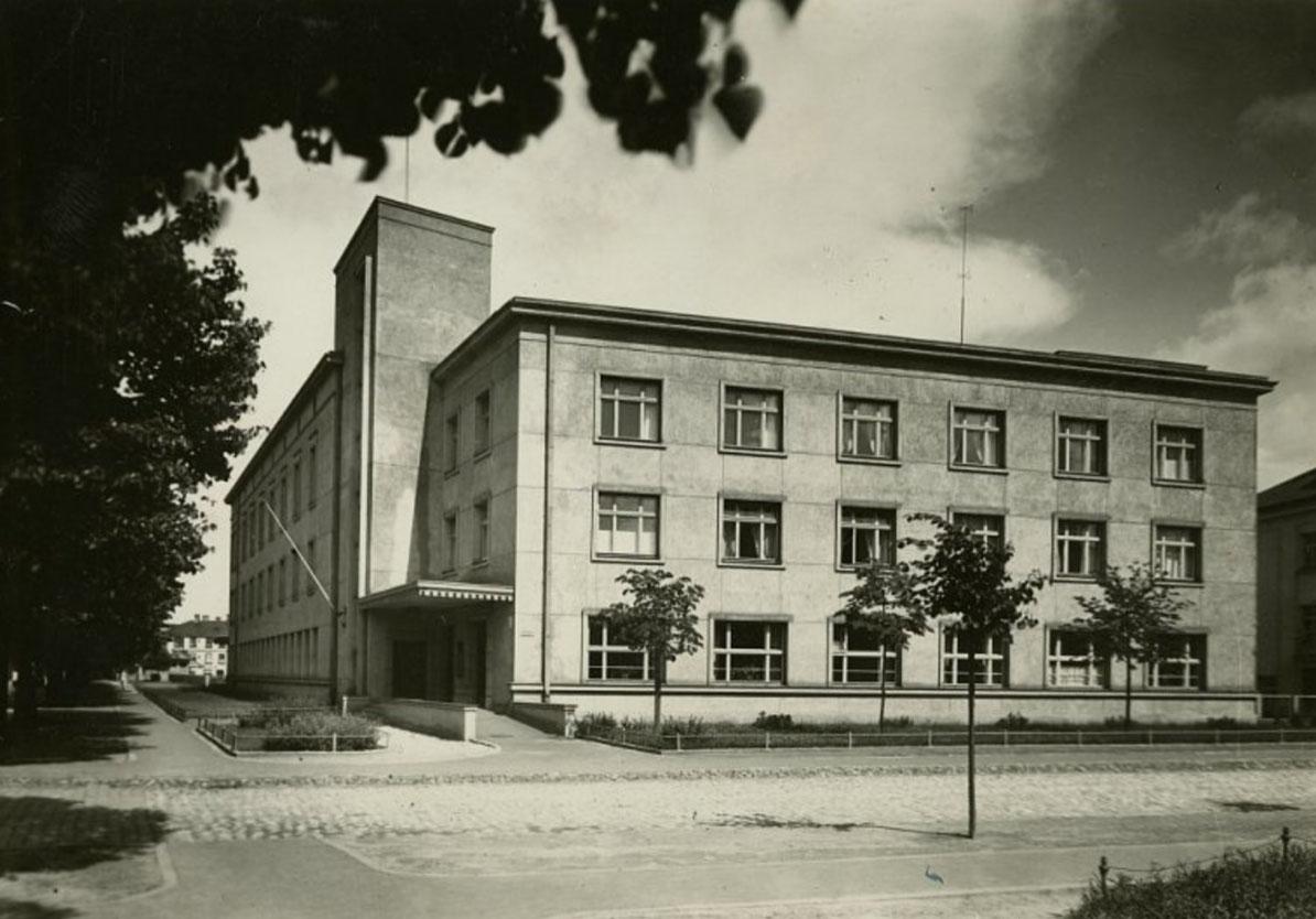 RSU Sarkanā Krusta medicīnas koledža - Vēsture 1936.gads